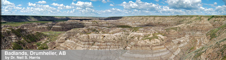 Image of Badlands, Drumheller, AB by Dr. Neil S. Harris