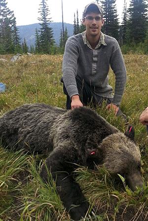 http://www.biology.ualberta.ca/faculty/bio-587/uploads/images/claytonLamb.jpg